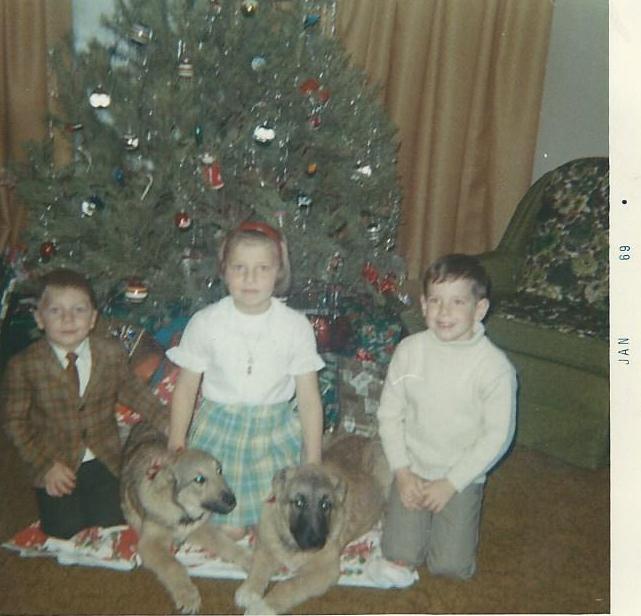 Christmas 1968 Duane Sherri Jeff