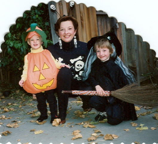 Sarah Mom Megan Halloween 1990